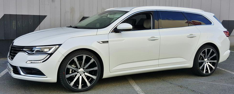renault talisman fitted with black wheels